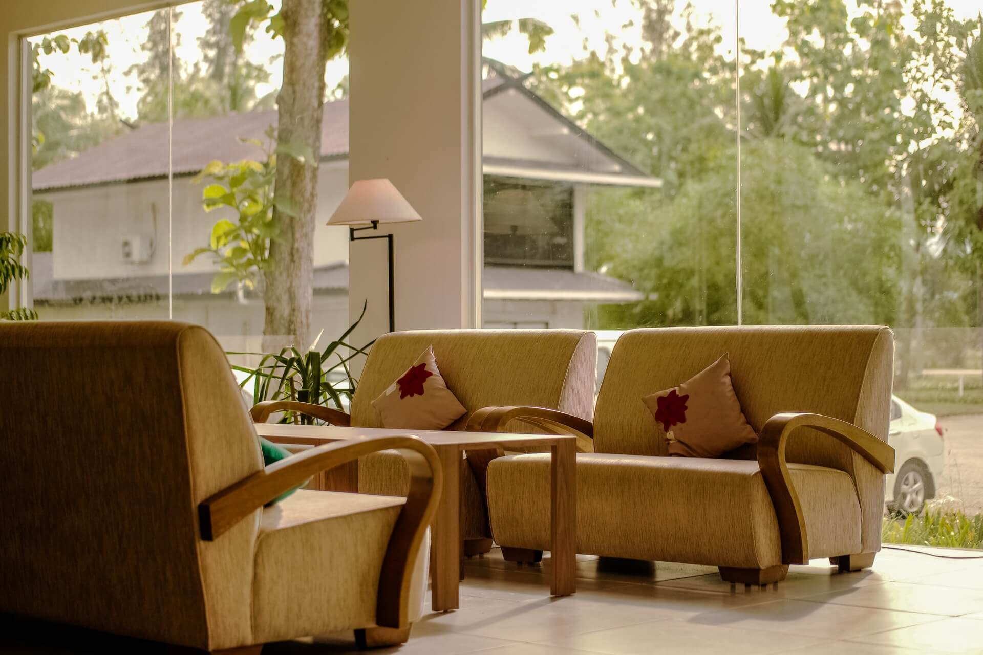 ohrensessel mit hocker kariert cheap with ohrensessel mit hocker kariert ohrensessel mit. Black Bedroom Furniture Sets. Home Design Ideas