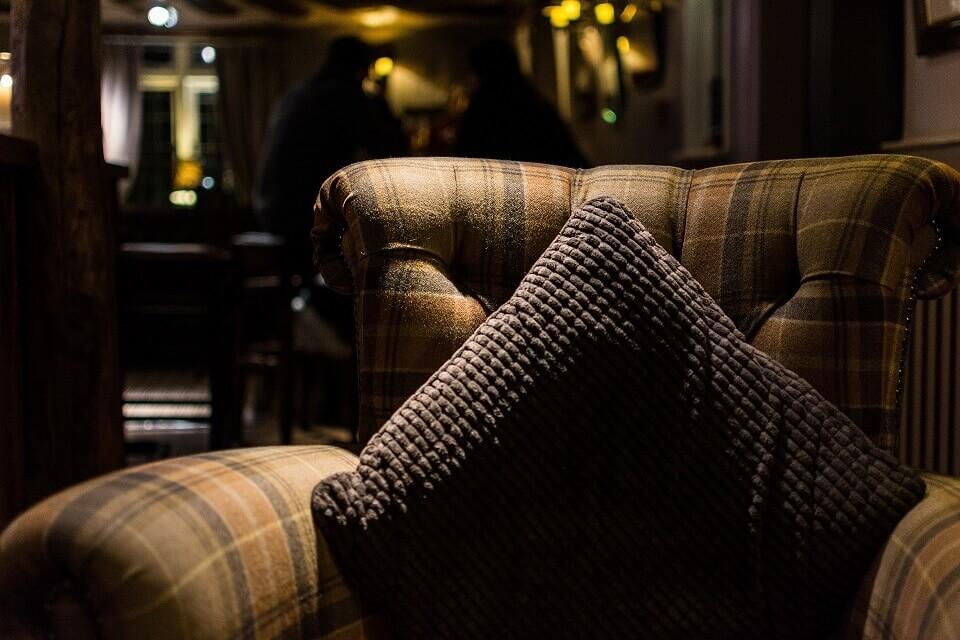 ohrensessel xxl exklusiv bei ohren. Black Bedroom Furniture Sets. Home Design Ideas